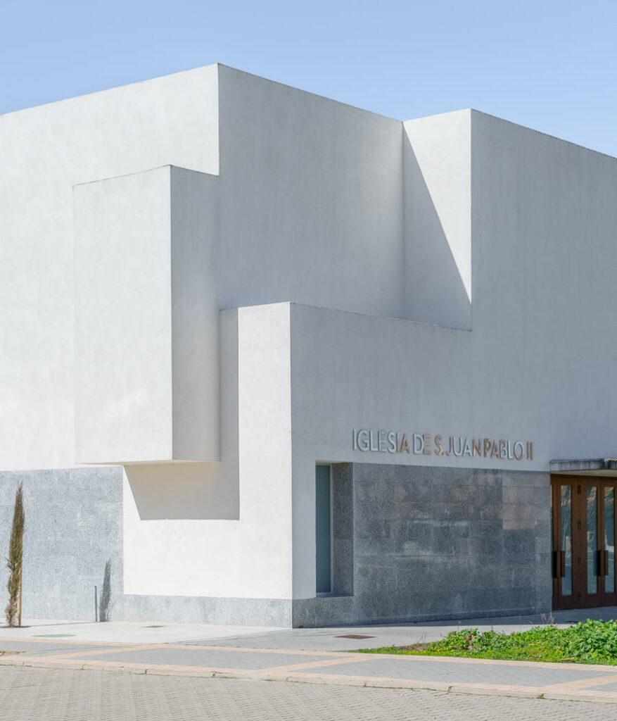 Iglesia Juan Pablo II fachada