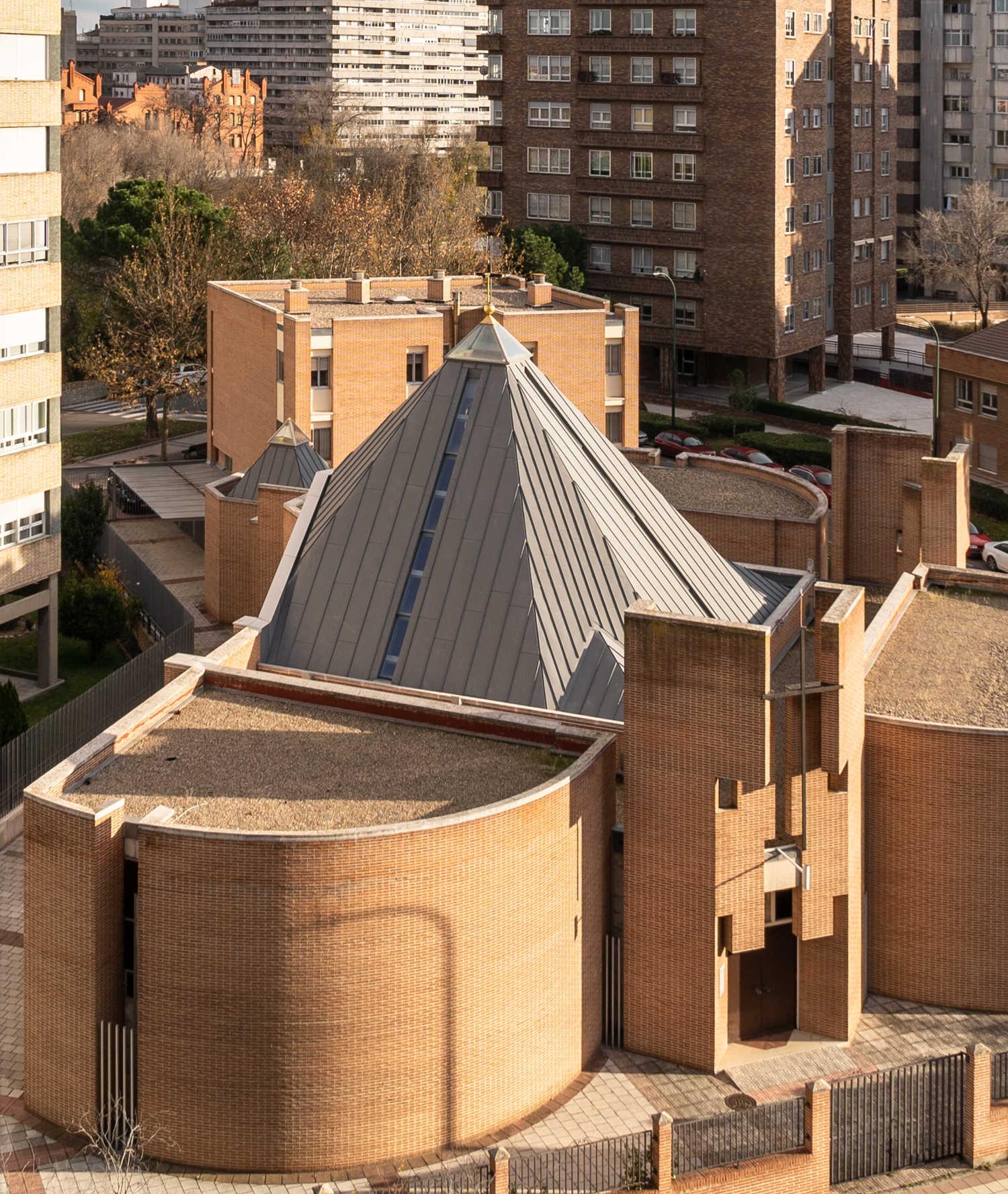 Iglesia de San Ramón Nonato exterior
