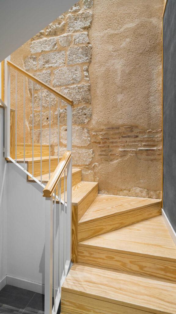 Casa Parroquial Simancas escalera